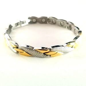 New stainless steel magnetic bracelet. 7.5 inches